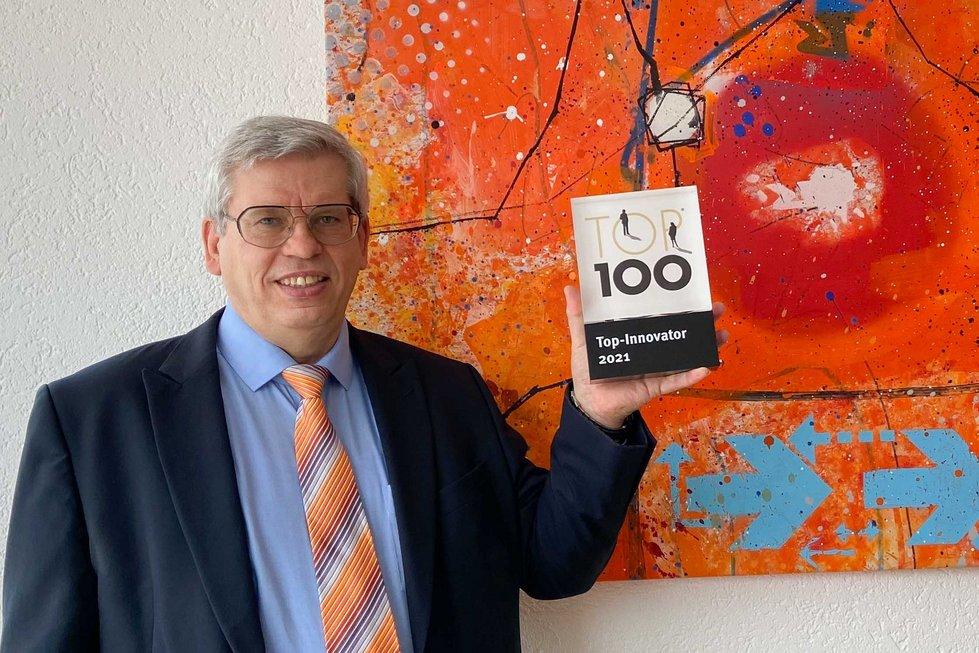 """Geschäftsführer Roland Rüdinger ist stolz auf die Auszeichnung """"Top Innovator 2021"""""""